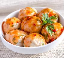 Klopsiki z sosem paprykowym - porcja pyszności za parę złotych