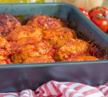 Klopsiki pieczone w sosie pomidorowym: łatwe danie na codzienny obiad
