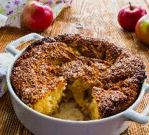 Jesienne ciasto: przepis na placek z jesiennych owoców