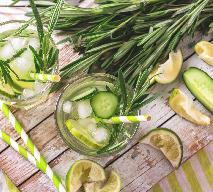 Lemoniada ogórkowa z rozmarynem i miodem gryczanym: przepis