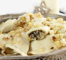Pierogi z kapustą i grzybami - dobry przepis na ciasto i farsz