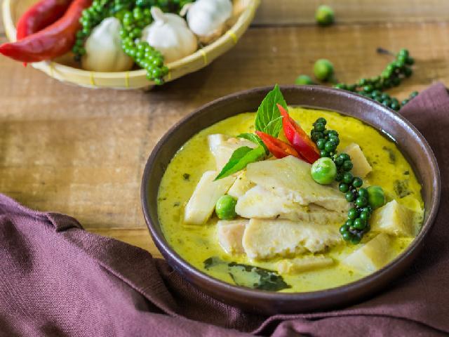 Kurczak W Zielonym Curry Przepis Na Danie Z Kuchni Tajskiej