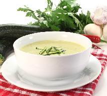 Aksamitna zupa krem z ziemniaków i cukinii - łatwa do przygotowania