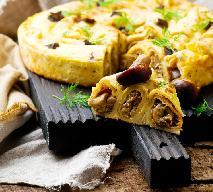 Naleśniki zapiekane z mięsem drobiowym i grzybami leśnymi: efektowne i przepyszne