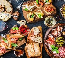 Modne dania na sylwestrowe przyjęcie, menu na karnawałową imprezę [WIDEO]