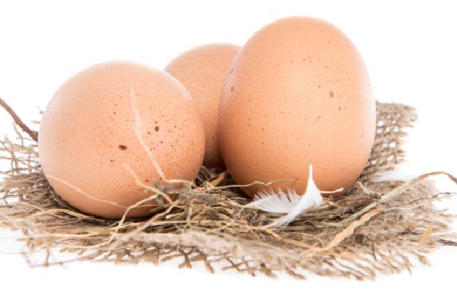 Jajko na twardo inaczej, czyli kogel-mogel w skorupce! [WIDEO]