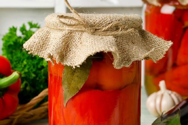 Papryka marynowana z miodem i czosnkiem